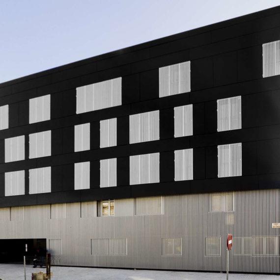Edificio de viviendas en Sabadell obra nueva fachada