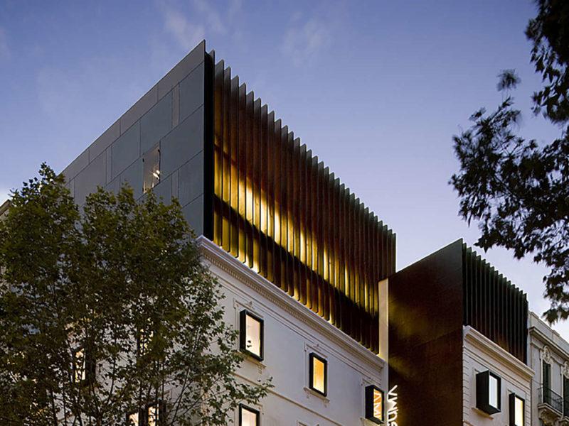 Clínica Olivé Gumà Barcelona reforma edificio remonta 2