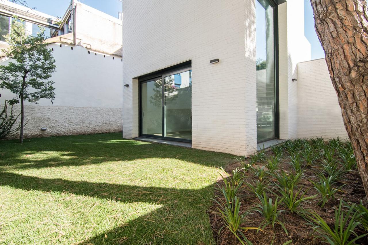 vivienda Unifamiliar Vallvidrera reforma interiorismo jardín 2
