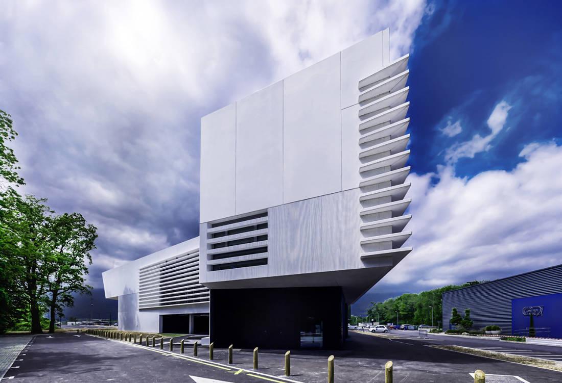 CERN Ginebra Oficinas obra nueva edificio 774 voladizo posterior