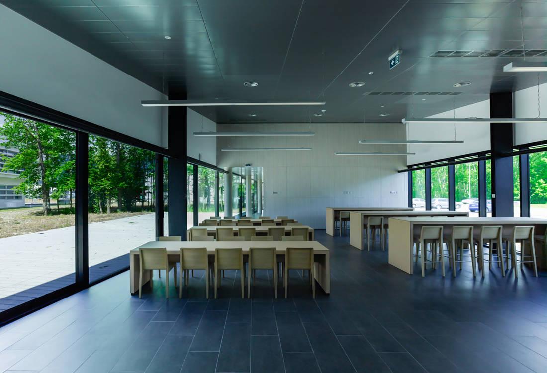 CERN Ginebra Oficinas obra nueva edificio 774 cafetería